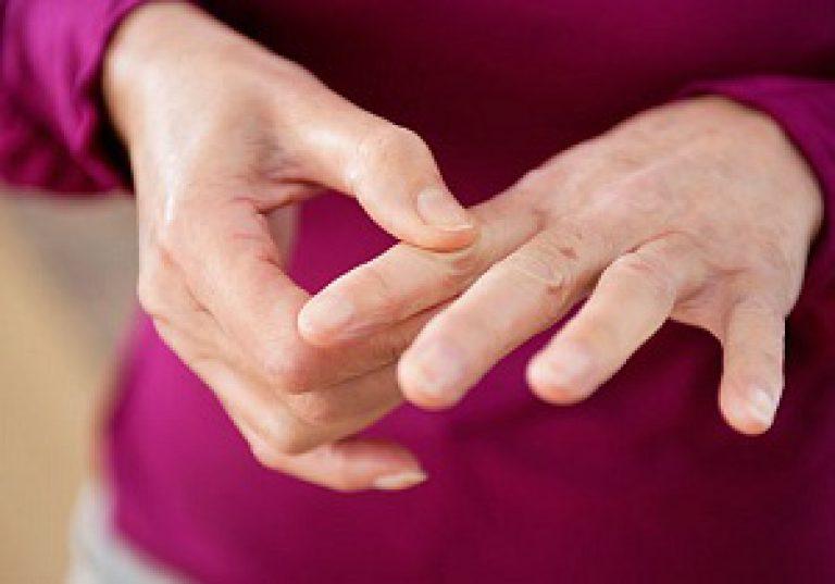 sormeliigeste vigastuste ravi